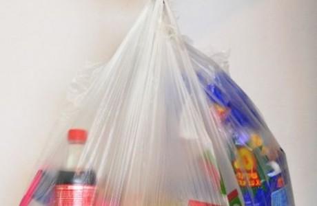 ידית הפלא לנשיאת מספר שקיות בו זמנית או שישיות בקבוקי מים