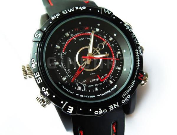 """3 קונים ראשונים זוכים מ 1/2 מחיר ( 169 ש""""ח במקום 349 )  שעון יד ספורטיבי מוסלק במצלמת ריגול"""