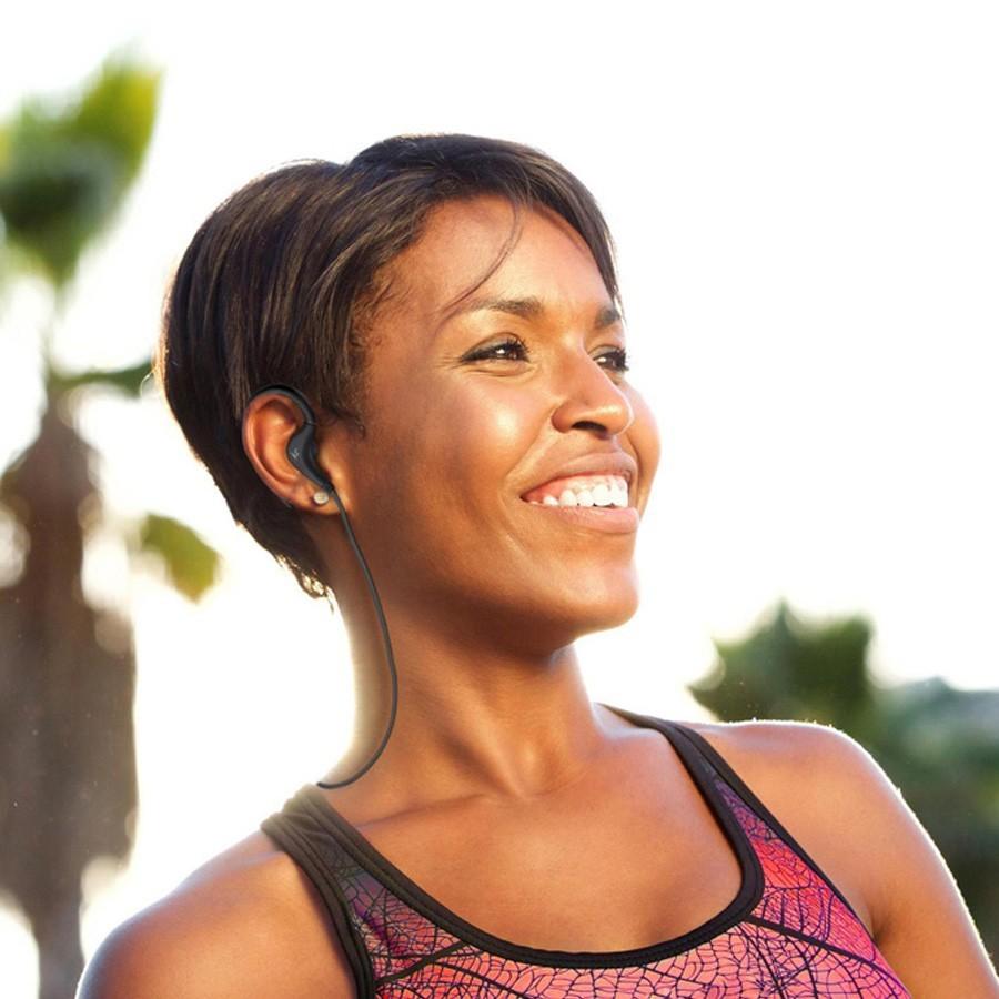 INNOTECH אוזניות בלוטוס המיועדות לריצה ופעילות ספורטיבית